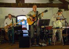 richard keogh performing live